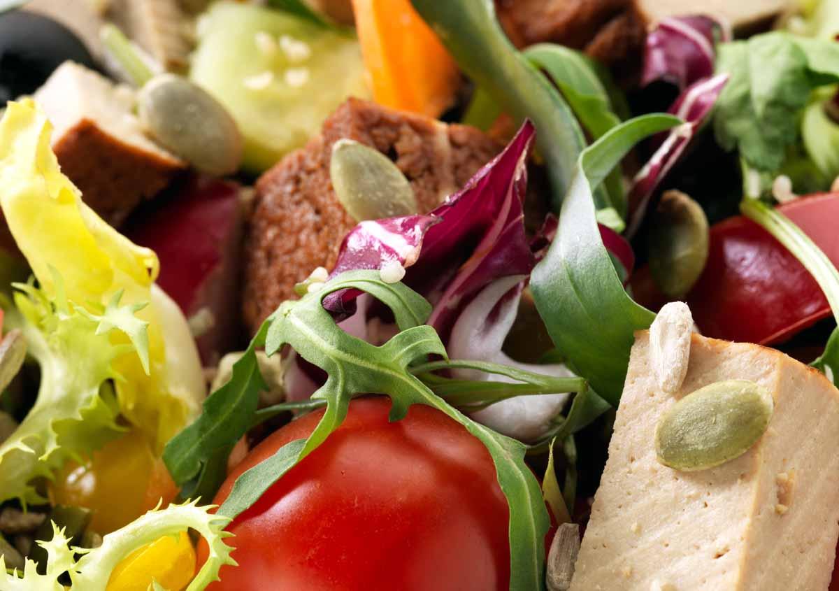 Laura's Idea - Smoked Tofu Salad - Vegan